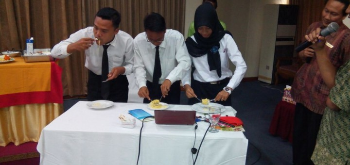 Table Manner 15
